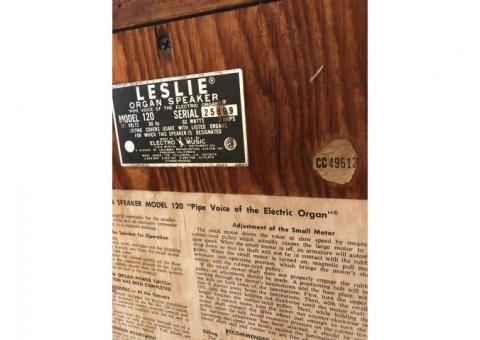 Model 120 Organ with leslie