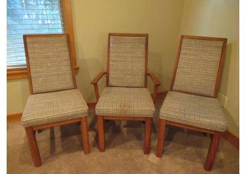 3 dining room chairs, cream, beige color